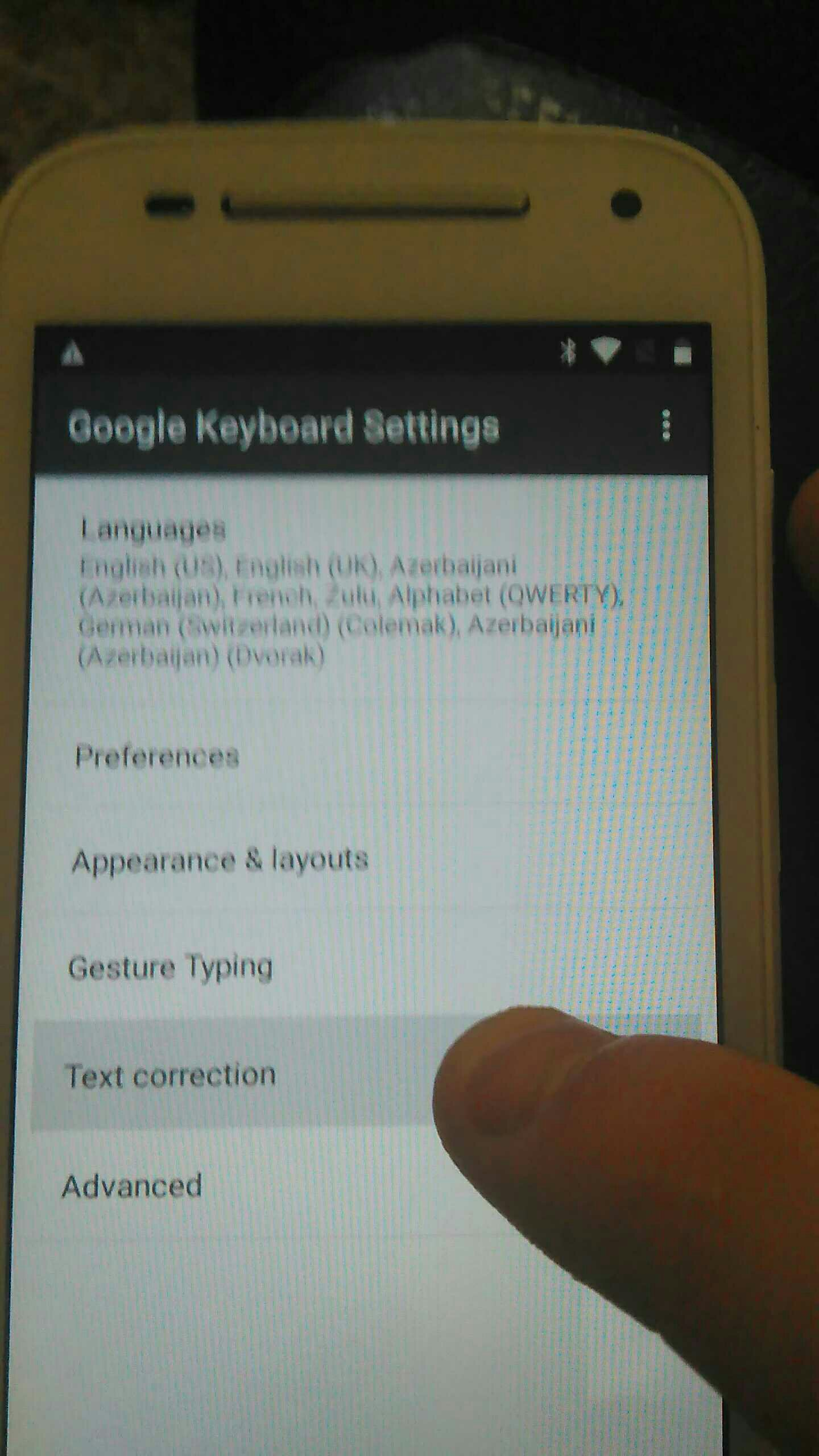 help my android application setting havedisable option greyed out