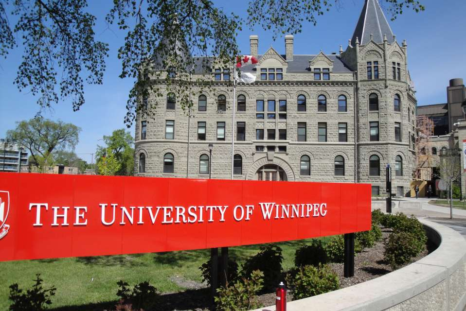 university of winnipeg application to graduate